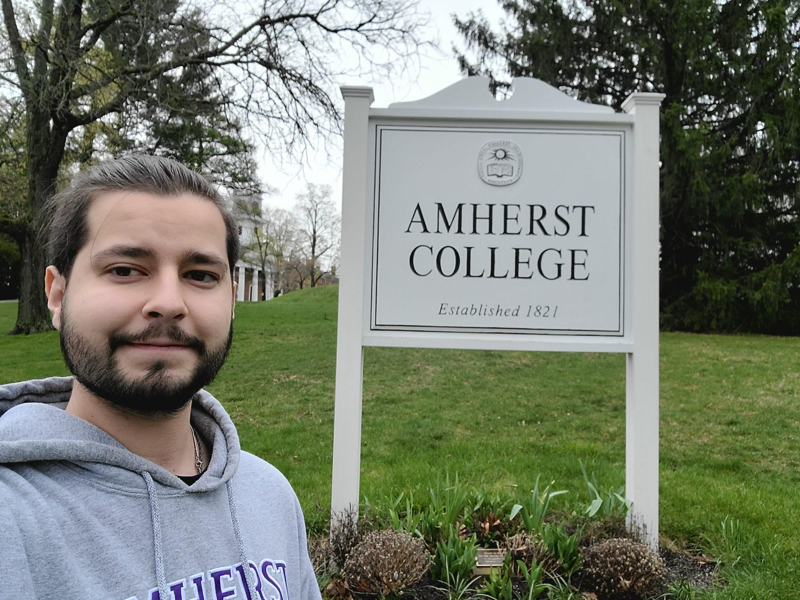 Testimonio Del FLTA Braulio Paz, Teaching Assistant En Amherst College